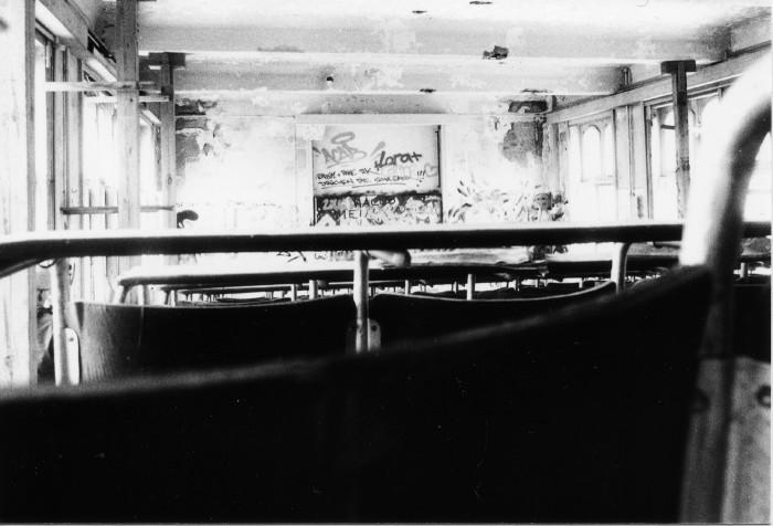 Anschar-Hörsaal-Tisch